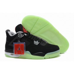 What-Are-The-Best-Jordans-Which-Jordans-Are-The-Best-The-Most-Comfortable-Retro-Air-Jordan-IV-4-Light
